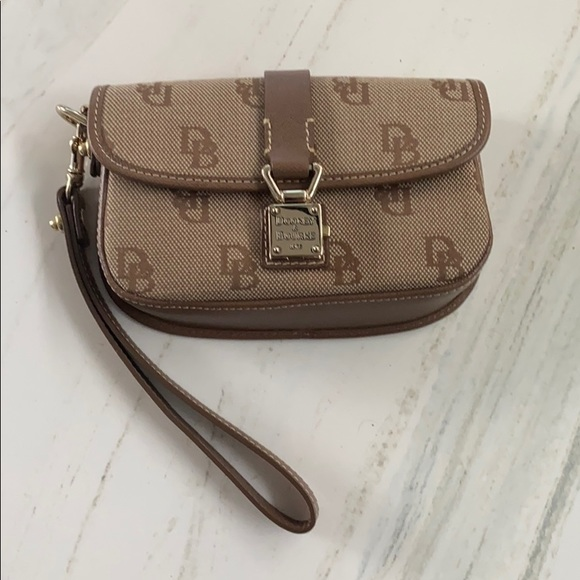 Doormen & Bourke wristlet bag